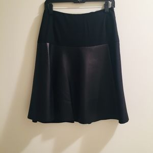 AKRIS LAMB NAPPA LEATHER/WOOL SKIRT